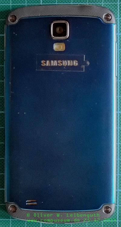 Samsung Galaxy S4 Active hinten